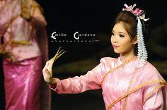Thai girl, via Flickr.