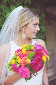 Bridal accessory tips from Devon Rachel #earrings   Photography: Splendor Photography - splendorphotoblog.net  Read More: http://www.stylemepretty.com/2014/05/02/tips-for-choosing-your-bridal-accessories/