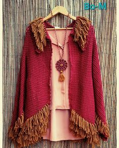 Bo-M: Crochet Boho Cardigan & Necklace Crochet Poncho Patterns, Crochet Shawl, Knit Crochet, Boho Chic, Textile Jewelry, Thread Crochet, Pull, Beautiful Outfits, Sweaters For Women