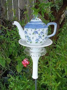 Vintage Shabby Teapot Garden Decor Yard Art Garden Totem Pole Garden Stake   eBay