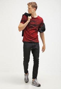 Jack & Jones - JJORPAINT SLIM FIT - T-Shirt print - syrah