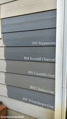 Trendy Exterior Paint Colors For House Gray Vinyl Siding Living Rooms Ideas Exterior House Siding, Exterior Paint Colors For House, Paint Colors For Home, Building Exterior, Grey House Exteriors, Diy Exterior House Painting, Vinyl Siding Colors, Siding Colors For Houses, Exterior Siding Colors