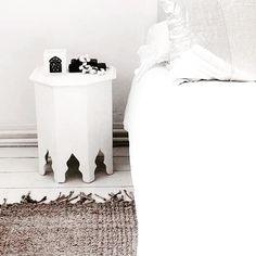Paint it white! Dit tafeltje kreeg een witte lak! #table #moroccan #shop #at #tierlantijn
