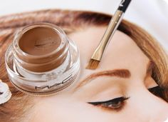 Love this eye makeup.  14 Tips, Tricks, And Hacks For Flawless Eyebrows - Minq.com