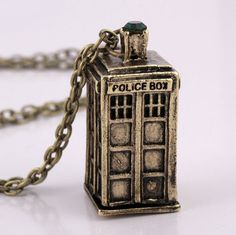 Are you a big fan of Doctor Who? If you are, you have to get one of these awesome necklaces! Enjoy the high quality unique design. Great as gifts or to wear to any occasion. Available in antique Gold