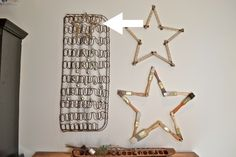 Unusual holiday stars. Star on old springs, measuring tape star and dried paintbrush star.  Christmas rustic decor | countrydesignstyle.com