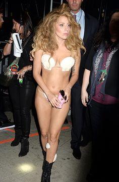 Lady Gaga at #VMAs 2013...or we should call her ''Mermaid Gaga''?
