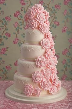 Romantic rose wedding cake by Maisie Fantaisie! Perfect for a pretty in pink wedding theme. Wedding Cake Roses, Pink Wedding Theme, Beautiful Wedding Cakes, Gorgeous Cakes, Pretty Cakes, Rose Wedding, Amazing Cakes, Floral Wedding, Trendy Wedding