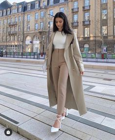 Casual Work Outfits, Professional Outfits, Office Outfits, Mode Outfits, Classy Outfits, Stylish Outfits, Winter Fashion Outfits, Look Fashion, Fall Outfits