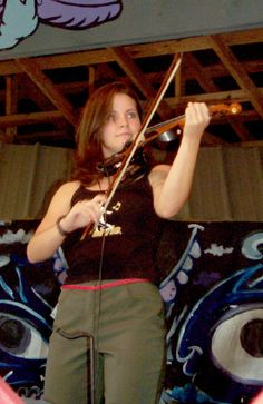 FIDDLE Page - My favorite fiddle player -Lori Poteat - I first saw her play with Celtic Soul with Jana Light and Rathkeltair members Trevor Tanner and Nick Watson.