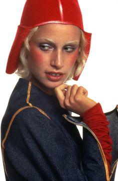 Donna Jordan in Nanni Strada 1971 photographed by Oliviero Toscani Fashion  Mag be8f9ff33bb