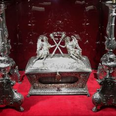 Silver reliquary of Saint John Cantius with crossed academic sceptres held by angels and silver candlesticks with the crests of the Zamość Academy by Anonymous, 1703 (reliquary) and around 1630 (candlesticks), Museum of Sacral Art in Zamość. © Marcin Latka #18thcentury #zamosc #artinpl #sacralart #silver #reliquary #saintjohncantius #crossed #academic #sceptres #angels #krakow #1703 #candlesticks #crests #zamoscacademy #1630 St John Cantius, Saint John, Silver Candlesticks, Crests, Krakow, Anonymous, 18th Century, Snow Globes, Angels