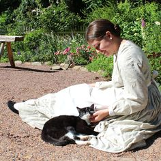 Someone is getting spoiled down at the AHC's 1860s Smith Family Farm this morning. #cats #livinghistory