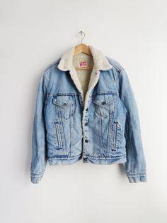 Levis Sherpa Jacket // Vintage Sherpa Denim Jacket