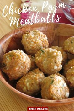 Keep easy Chicken Parmesan Meatballs around (they 're freezer-friendly) and you'll always have the answer to dinner. Serve with spaghetti or marinara for dipping! Chicken Parmesan Meatballs, Tasty Meatballs, Easy Chicken Parmesan, Good Meatloaf Recipe, Best Meatloaf, Make Ahead Freezer Meals, Quick Easy Meals, Kid Friendly Dinner, Kid Friendly Meals