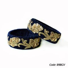 Feel enticingly feminine in this navy blue pure velvet bangle. Elegant and beautiful, this one is designed with sequence and dabka work.
