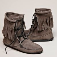 Minnetonka Tramper Ankle Hi Boot | American Eagle Outfitters..GOTTA GET THESE, I HAD SOME IN 1969.
