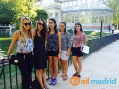 ¡Admirando las #maravillas del Parque del #Retiro! --- Admiring the wonders of the Retiro #Park!