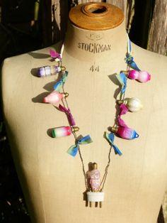 Necklace A pschédelectric birh  par Midiaquatorzeheures sur Etsy, $104.00
