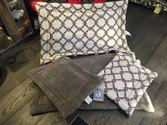 Après l'effort le réconfort : les tapis moelleux et confortables aussi! Lausanne, Effort, Your Pet, Throw Pillows, Pets, Shopping, Fluffy Rug, Toss Pillows, Decorative Pillows