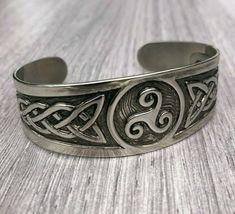 Celtic Knot Silvertone Metal Bangle Bracelet Cuff Unisex 7cm wide 3.5cm opening #Unbranded #BangleCuff Bangle Bracelets, Bangles, Celtic Knot, Knots, Unisex, Metal, Pretty, Jewelry, Bangle Bracelet