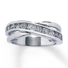 Diamond Anniversary Ring 1 ct tw Round-cut 10K White Gold ,,, OMG matches the ring for me!!! ahhh!!
