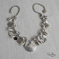 Collar Malú by Rie Simona www.riesimona.com.ar Diy Jewelry Necklace, Handmade Beaded Jewelry, Beach Jewelry, Sea Glass Jewelry, Boho Jewelry, Jewelry Art, Jewelery, Beaded Necklace, Jewelry Design