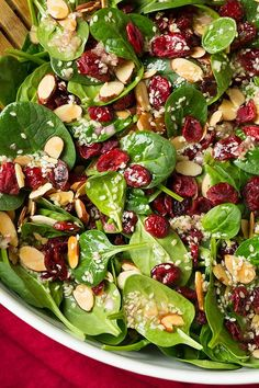 Almond Spinach Salad Cranberry Almond Spinach Salad with Sesame Seed Dressing - so easy, so delicious!Cranberry Almond Spinach Salad with Sesame Seed Dressing - so easy, so delicious! Sesame Seed Dressing, Healthy Snacks, Healthy Eating, Dinner Healthy, Healthy Dishes, Healthy Ramadan Recipes, Best Healthy Recipes, Savory Salads, Fruit Salads