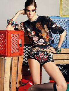 Vogue Deutsch July 2012  - for more inspiration visit http://pinterest.com/franpestel/boards/