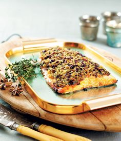 If you're looking for something different to serve on Christmas why not try this delicious salmon with a festive twist - cranberry and thyme.