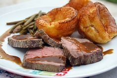 Yorkshire puddings, Roast Beef et gravy (Sunday Roast)