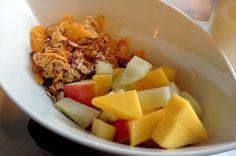 Vegan frühstücken im CAFE MENTA #vegan #vienna Vegan, Oatmeal, Beef, Breakfast, Food, Mint, Food Food, The Oatmeal, Meat