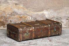 Malle de voyage ancienne