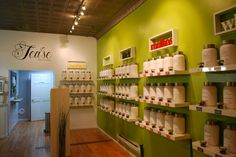 Tea'se tea shop is a local Chicago area Tea shop that provides not only the highest quality tea you can find in North America, but professionals who will brew the tea the way it was meant to taste.