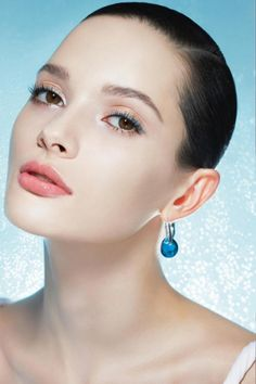 Summer Makeup Tips - How to Choose Mineral Makeup - Perfect Makeup Tips - Mineral Makeup Brands Cool Makeup Looks, Summer Makeup Looks, Beautiful Eye Makeup, Perfect Makeup, Love Makeup, Beauty Makeup, Coral Pink Lipstick, Coral Eyeshadow, Lipstick Colors