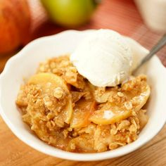 What do you do with all the fruit left over from apple picking? Make a treat! Our Apple Crisp recipe is totally easy and the only one you'll ever need. Apple Dessert Recipes, Dessert Dips, Apple Crisp Recipes, Sweet Desserts, Gourmet Recipes, Cooking Recipes, Brunch Recipes, Diet Recipes, Easy Deserts To Make