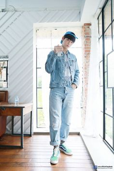 TXT Soobin Season's Greetings' Behind Photo Sketch Fanfiction, The Dream, Photo Sketch, Wattpad, South Korean Boy Band, Boy Bands, Mom Jeans, Normcore, Seasons