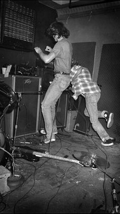 Krist Novoselic and Kurt Cobain #Nirvana