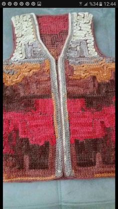 Wiggly Crochet, Free Crochet, Crochet Top, Fashion Illustration Shoes, Gloves Fashion, Crochet Cardigan, Crochet Patterns, Pink, Painting