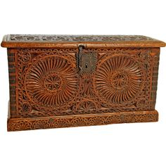 Colonial Six Panel Box from Colonial Arts