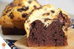 Vous connaissez le Brookie? C'est une EXCELLENTE gourmandise que j'ai réalisé ici -> en photos étape par étape et ici -> en vidéo. Brookie = Brownie & Cookie 😊 C'est délicieux mais c'est également une bombe calorique lol. Comme j'ai aimé le concept de deux desserts en un, aujourd'hui je vous en propose un autre, …