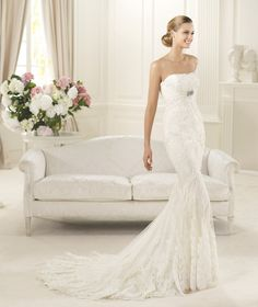 Pronovias Dietrich Wedding dress.  Size 8, Off White  (Dress is available and in Stock from A Princess Bride Couture)