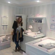Piękna mama Karolina Ferenstein-Kraśko na zakupach w naszym nowym salonie.  @karolinaferenstein_krasko #shopping #shop #instababy #instaroom #shoponline