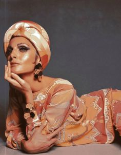 Mirella Petteni in silk tunic, pants and turban by Pucci, SpringSummer 1967 Collection, photo by Gian Paolo Barbieri