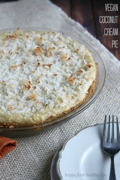 "Vegan Coconut Cream Pie - a ""cream"" pie that will have you fooling everyone - it's THAT good! www.happyfoodhealthylife.com"