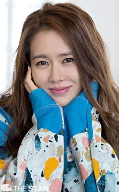 Son Ye-jin (손예진) - Picture @ HanCinema :: The Korean Movie and Drama Database Korean Photo, Cute Korean, Korean Girl, Korean Actresses, Korean Actors, Korean Celebrities, Korean Beauty, Asian Beauty, My Wife Got Married