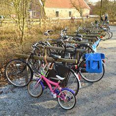 STREETLIFE Valley Inline Bicycle Parking. #StreetFurniture #BikeRack #ParkDesign