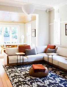 COOGEE HOUSE | alwill  #interiors #livingroom #pendant #rug #woodenfloor #cushions #diningroom