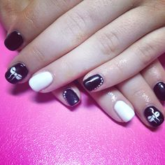 little bow nails- black and white