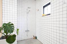 Schau Dir dieses großartige Inserat bei Airbnb an: Design Loft next to Tokyo Midtown  - Lofts zur Miete in Minato-ku